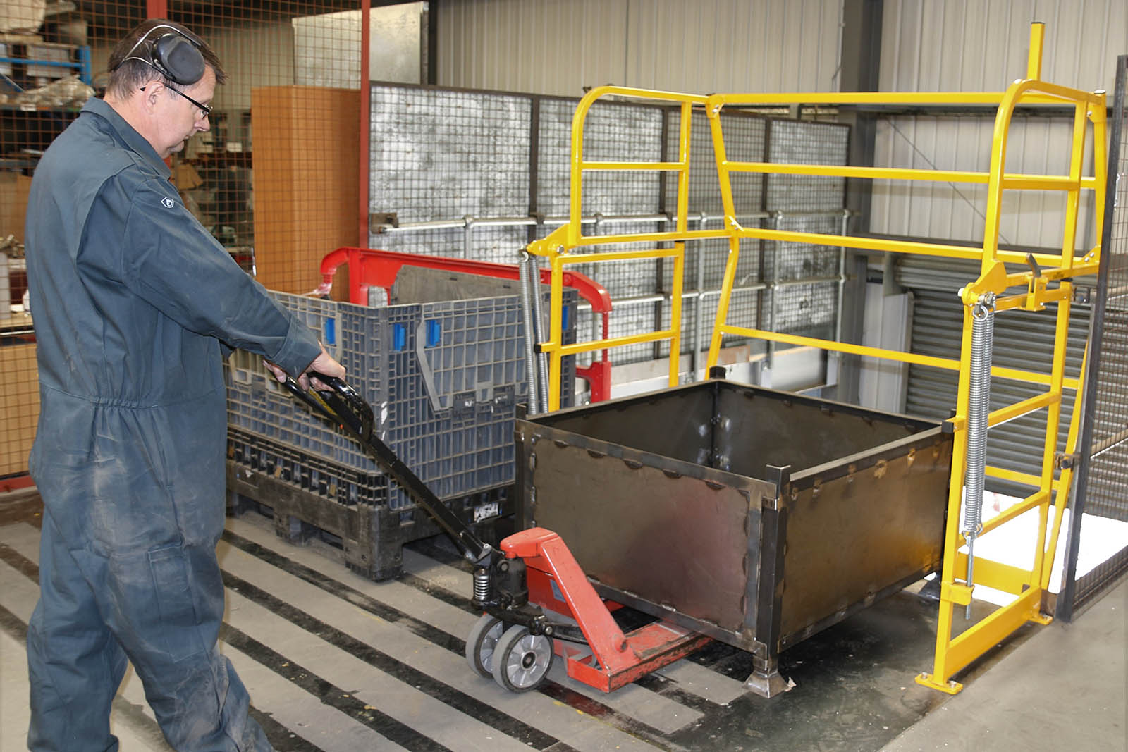Canal-Engineering-Ajax-Safe-Access-Rollover-Pallet-Gate